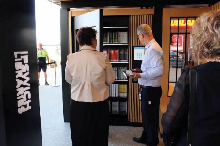 Karalee Self Serve Library Kiosk